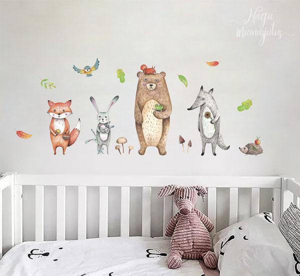 Metsloomadega seinakleeps lastetuppa